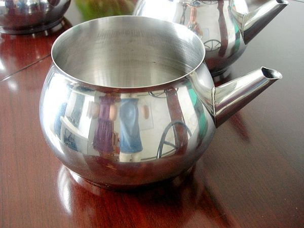 Laser welded stainless steel kettle.jpg